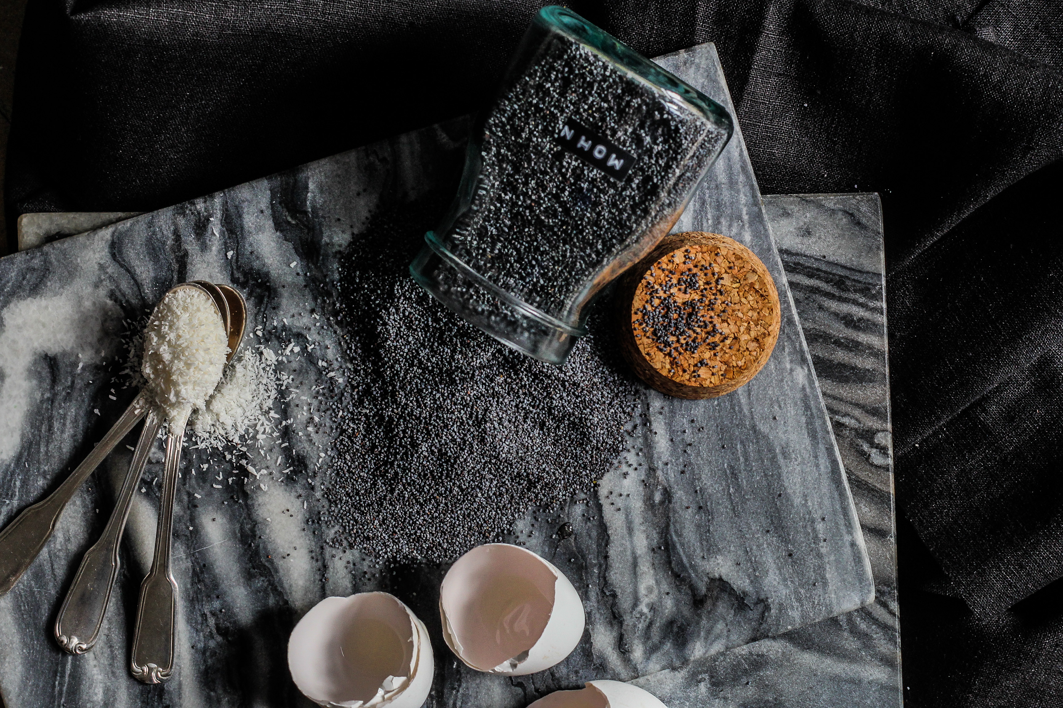 Crème Brûlée mit kokos und mohn